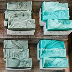 use bar soap to reduce plastic pollution